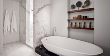 10 Marble Bathroom Design Ideas to Inspire You. To see more Luxury Bathroom ideas visit us at www.luxurybathrooms.eu #luxurybathrooms #homedecorideas #bathroomideas 10 Marble Bathroom Design Ideas to Inspire You 10 Marble Bathroom Design Ideas to Inspire You 10 marble bathroom design ideas to inspire you cover 370x190