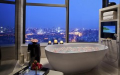 10 Luxury Bathtubs with an Astonishing View ➤To see more Luxury Bathroom ideas visit us at www.luxurybathrooms.eu #luxurybathrooms #homedecorideas #bathroomideas @BathroomsLuxury luxury bathtub 10 Luxury Bathtubs with an Astonishing View 10 Luxury Bathtubs with an Astonishing View 5 240x150