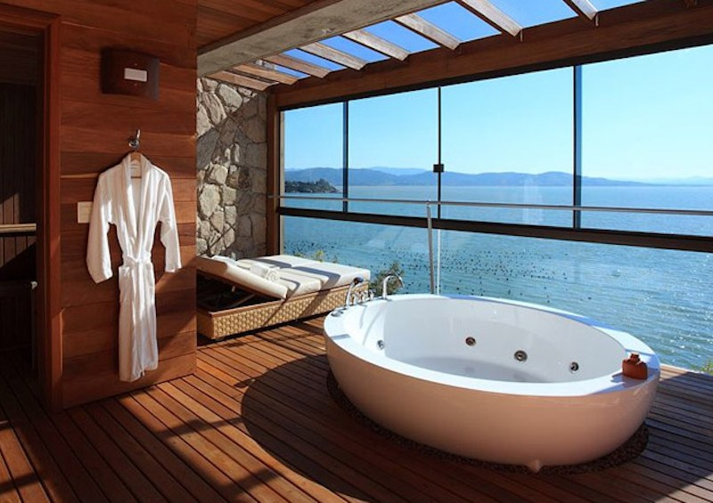 50 Magnificent Luxury Master Bathroom Ideas (part 3) ➤To see more Luxury Bathroom ideas visit us at www.luxurybathrooms.eu #luxurybathrooms #homedecorideas #bathroomideas @BathroomsLuxury