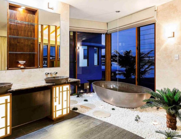 10 Smashing Tropical Bathroom Design Ideas to Keep In Mind ➤To see more Luxury Bathroom ideas visit us at www.luxurybathrooms.eu #luxurybathrooms #homedecorideas #bathroomideas @BathroomsLuxury tropical bathroom design ideas 10 Smashing Tropical Bathroom Design Ideas to Keep In Mind 10 Smashing Tropical Bathroom Design Ideas to Keep In Mind 600x460