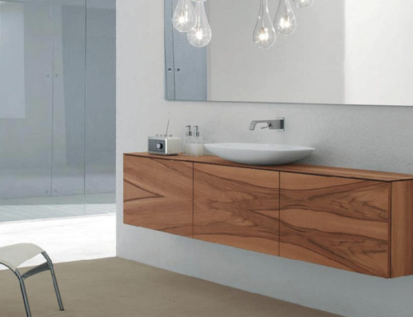 Pamper Your Home with These Amazing Wooden Bathroom Cabinets ➤To see more Luxury Bathroom ideas visit us at www.luxurybathrooms.eu #luxurybathrooms #homedecorideas #bathroomideas @BathroomsLuxury wooden bathroom cabinets Pamper Your Home with These Amazing Wooden Bathroom Cabinets Pamper Your Home with These Amazing Wooden Bathroom Cabinets 600x460