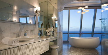 Trendy Bathroom Ideas to Make Your Home Looks a Luxury Spa ➤To see more Luxury Bathroom ideas visit us at www.luxurybathrooms.eu #luxurybathrooms #homedecorideas #bathroomideas @BathroomsLuxury trendy bathroom ideas Trendy Bathroom Ideas to Make Your Home Looks a Luxury Spa Trendy Bathroom Ideas to Make Your Home Looks a Luxury Spa 370x190