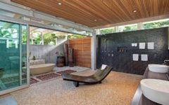 Luxurious Bathrooms: The most stunning natural rock bathtubs