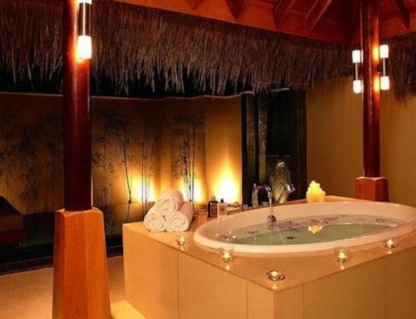 valentine's day Top 15 Most Romantic Bathroom Decorating Ideas for Valentine's Day feat 600x460
