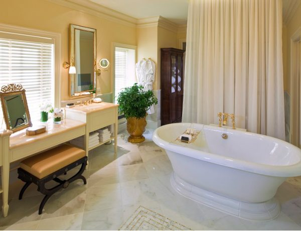 Be Inspired By The Elegant Bathrooms At The Jefferson Hotel ➤ To see more news about Luxury Bathrooms in the world visit us at http://luxurybathrooms.eu/ #luxurybathrooms #interiordesign #homedecor @BathroomsLuxury @bocadolobo @delightfulll @brabbu @essentialhomeeu @circudesign @mvalentinabath @luxxu @covethouse_ elegant bathrooms at the jefferson hotel Be Inspired By The Elegant Bathrooms At The Jefferson Hotel feat 2 600x460