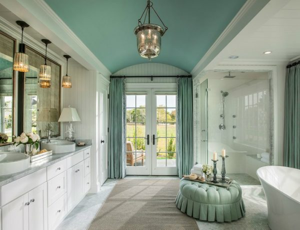 7 Luxury Bathroom Decor Ideas With Colorful Ceilings #luxurybathroomsbrands #luxurybathroomsdesigns #luxurybathroomsimages #allwhitebathrooms http://luxurybathrooms.eu @mvalentinabath luxury bathroom decor ideas 7 Luxury Bathroom Decor Ideas With Colorful Ceilings 7 Luxury Bathroom Decor Ideas With Painted Ceilings feat 600x460