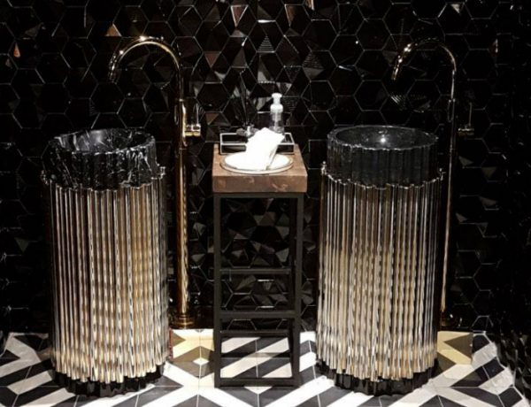 drake's pick 6ix Drake's Pick 6ix Restaurant Presents an Upscale Bathroom Design featured 600x460