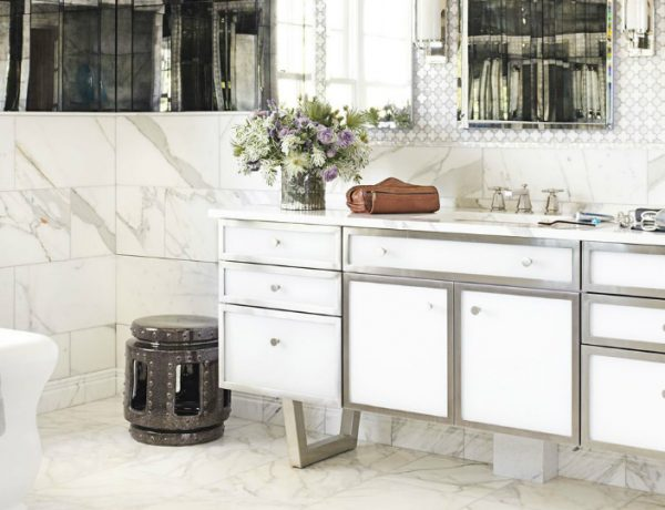 white luxury bathrooms 9 Design Ideas to Spruce Up the Decor of White Luxury Bathrooms featured 10 600x460