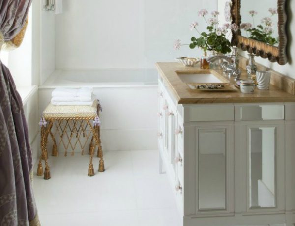 small bathrooms See Design Ideas on How to Make a Statement in Small Bathrooms: Part I featured 17 600x460