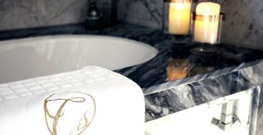 Learn To Create The Perfect Luxury Bathroom Design With Celia Sawyer celia sawyer Learn To Create The Perfect Luxury Bathroom Design With Celia Sawyer Learn To Create The Perfect Luxury Bathroom Design With Celia Sawyer capa 370x190