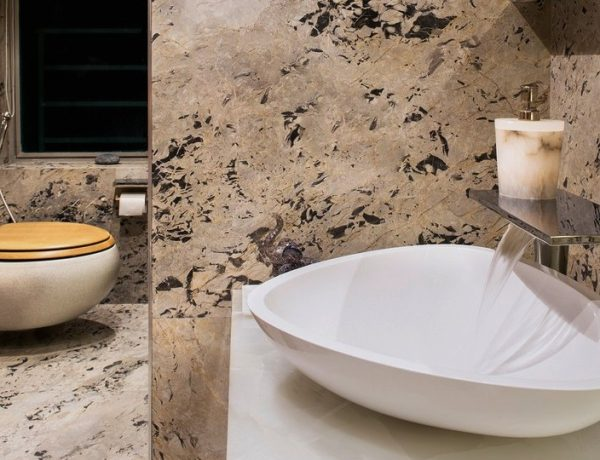 ZZ Architects Are The Best Inspo To Create A Marble Bathroom Design  zz architects ZZ Architects Are The Best Inspo To Create A Marble Bathroom Design  ZZ Architects Are The Best Inspo To Create A Marble Bathroom Design capa 600x460