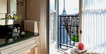 5 Unique Luxury Design Hotels To Stay In Paris During Idéobain 2019 luxury design hotels 5 Unique Luxury Design Hotels To Stay In Paris During Idéobain 2019 5 Unique Luxury Design Hotels To Stay In Paris During Id  obain 2019 capa 370x190