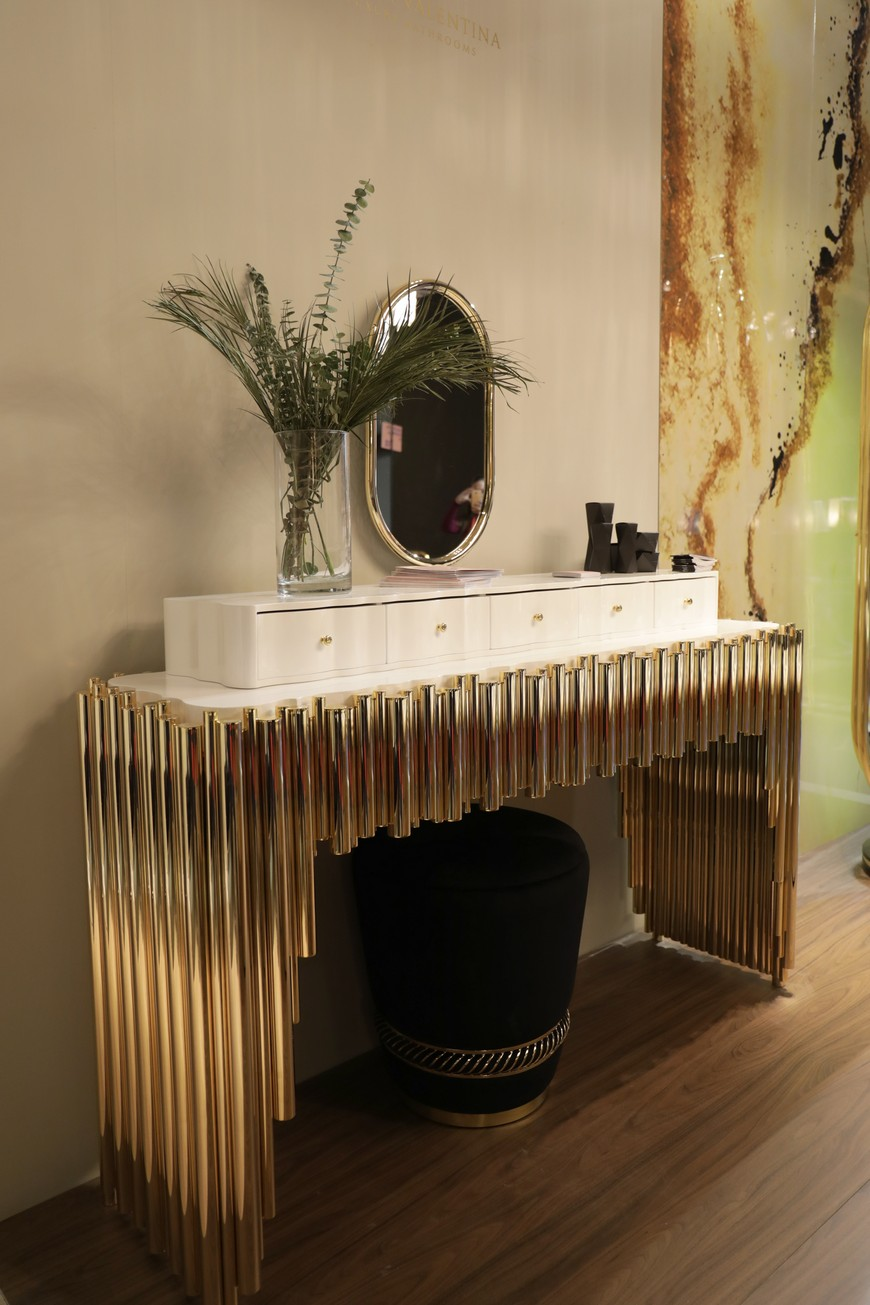 Dressing Table, closet, closet decor, closet decoration, Maison Valentina, bathroom decor, bathroom decoration dressing table The Ultimate Guide to Build Your Closet: Pick the Best Dressing Table 10 Bespoke Dressing Tables To Glam Up Your Luxurious Walk In Closet 5