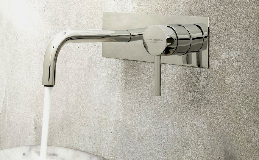 7 Incredible Wall Mounted Bathroom Taps To Upgrade Your Design wall mounted bathroom tap 7 Incredible Wall Mounted Bathroom Taps To Upgrade Your Design 7 Incredible Wall Mounted Bathroom Taps To Upgrade Your Design capa