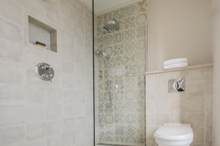 Be Inspired By Luxoria Interiors' Exquisite Classic Bathroom Project