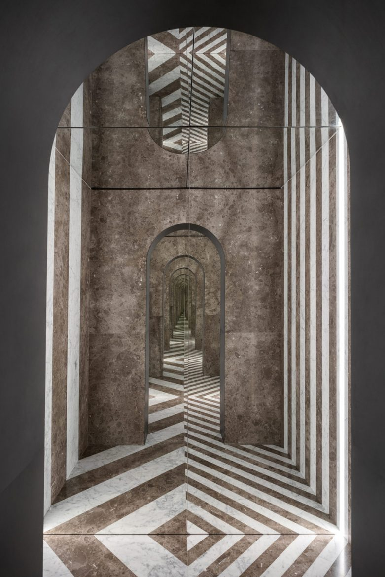 Hidden Rooms hidden rooms Hidden Rooms: A Showroom Becomes A Luxurious Funhouse Salvatori Showroom Milano 2019 05 scaled