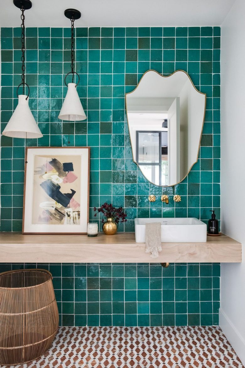 small bathroom decors 6 Ideas to Create Small Bathroom Decors that Will Make a Statement 10 bathrooms scaled