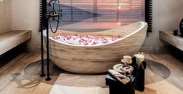 Top 5 Most Amazing Hotel Bathrooms in the Middle East hotel bathrooms in the middle east Top 5 Most Amazing Hotel Bathrooms in the Middle East Top 5 Most Amazing Hotel Bathrooms in the Middle East 370x190