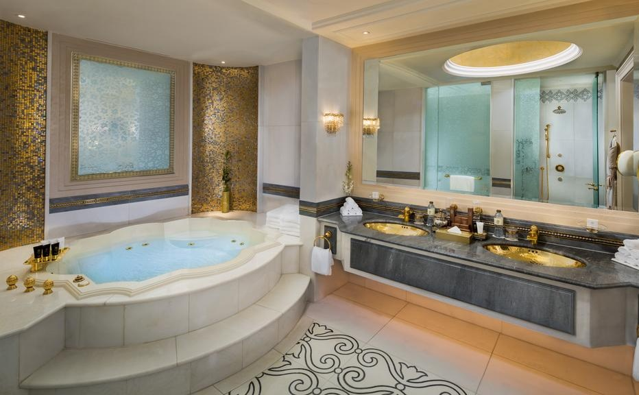 Top 5 Most Amazing Hotel Bathrooms in the Middle East hotel bathrooms in the middle east Top 5 Most Amazing Hotel Bathrooms in the Middle East Top 5 Most Amazing Hotel Bathrooms in the Middle East 4