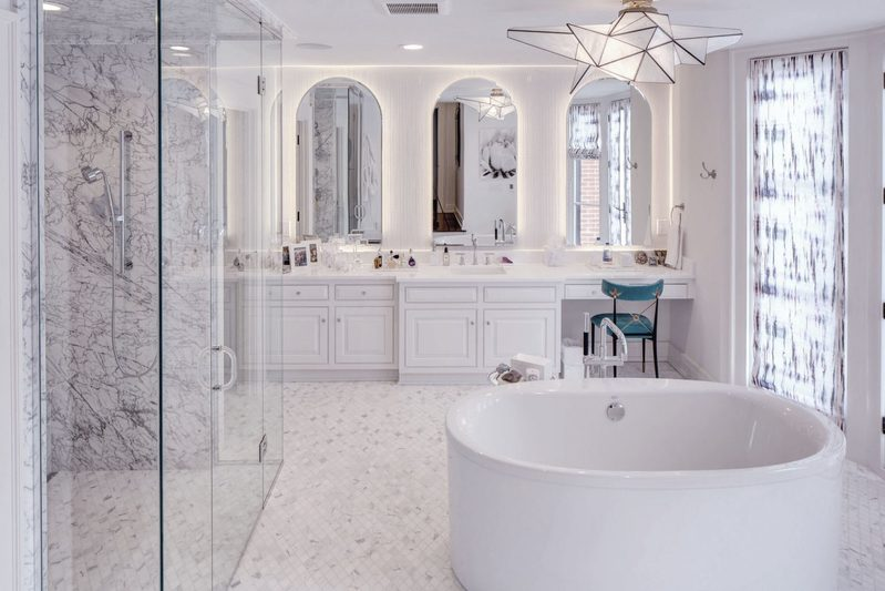 15_mesmerizing_bathroom_designs_to_inspire_you_in_2021 bathroom 15 Mesmerizing Bathroom Designs to inspire you in 2021 15 mesmerizing bathroom designs to inspire you in 2021 carrielivingston design