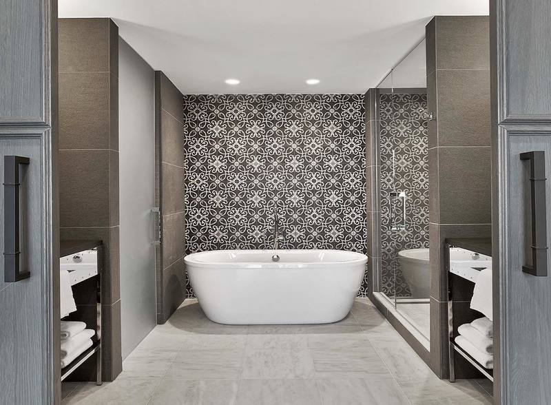 15_mesmerizing_bathroom_designs_to_inspire_you_in_2021 bathroom 15 Mesmerizing Bathroom Designs to inspire you in 2021 15 mesmerizing bathroom designs to inspire you in 2021 markzeffdesign