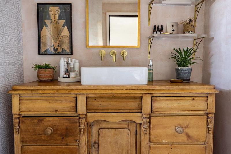6 Bathroom Designs by Fantastic Interior Designers To Inspire You