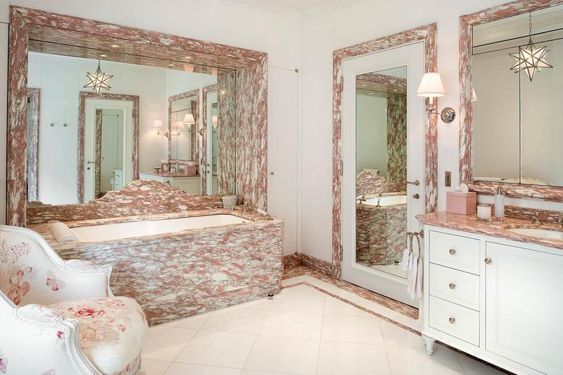 Bathrooms That Impress and Alberto Pinto's Incredible Versatility  alberto pinto Bathrooms That Impress and Alberto Pinto's Incredible Versatility Bathrooms That Impress and Alberto Pintos Incredible Versatility 1