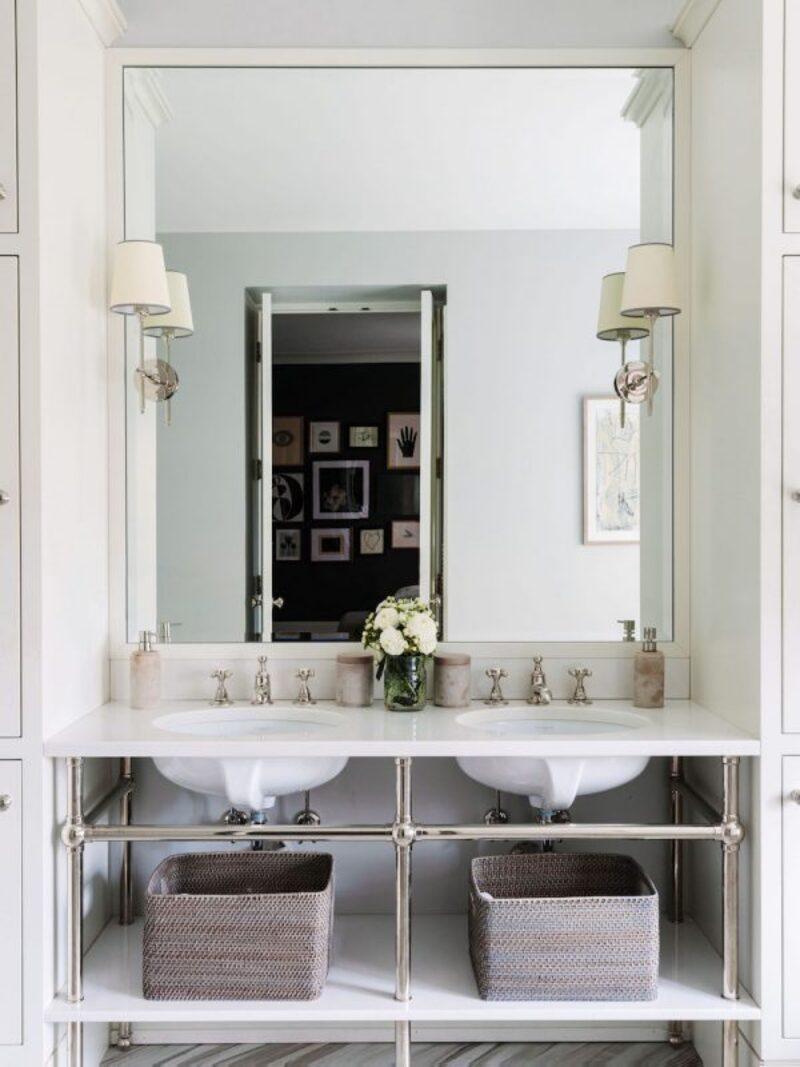 Inspirational Guide for Bathroom Decor: White Bathrooms by Alexandra Kaehler white bathrooms Inspirational Guide for Bathroom Decor: White Bathrooms by Alexandra Kaehler Inspirational Guide for Bathroom Decor White Bathrooms 2