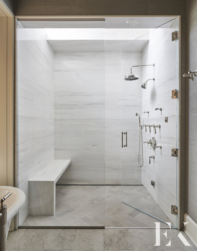A Guide for Bathroom Decor: White Bathrooms by Elizabeth Krueger elizabeth krueger A Guide for Bathroom Decor: White Bathrooms by Elizabeth Krueger Inspirational Guide for Bathroom Decor White Bathrooms by Elizabeth Krueger5