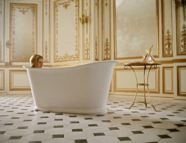 bathroom designs Bathroom Designs From Iconic Movies That Impress Bathroom Ideas Iconic Bathrooms from Hollywood Gems 8 600x460