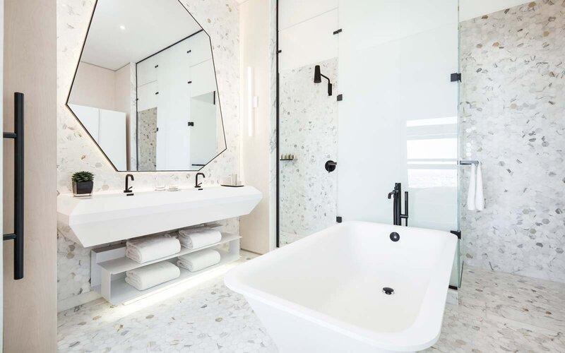 Paradise Dreams: Bathroom Designs That Impress